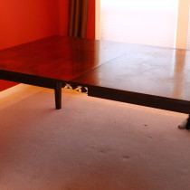 Then I and my son flipped out the table again, and here it is! The big desk with four legs. I'm happy with the result.